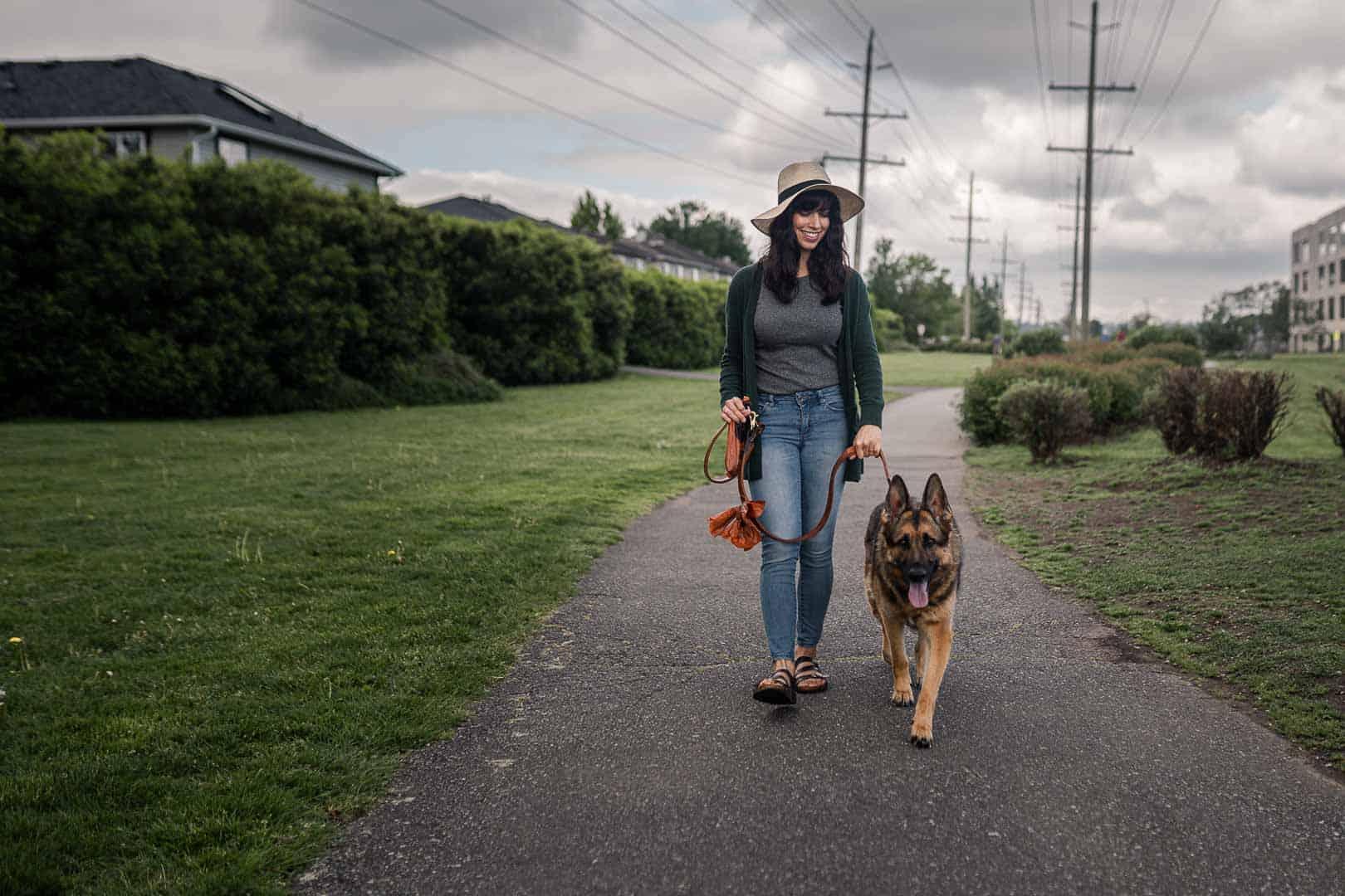Ecosafe Green | Zero waste - woman walking dog